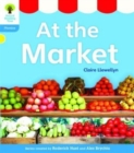 Oxford Reading Tree: Level 3: Floppy's Phonics Non-Fiction: At the Market - Book