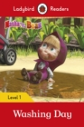 Masha and the Bear: Washing Day - Ladybird Readers Level 1 - Book