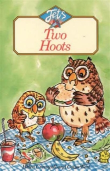 Two Hoots, Paperback / softback Book