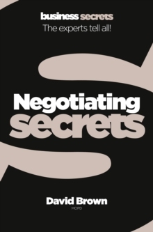 Negotiating, Paperback / softback Book
