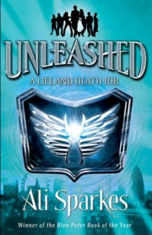 Unleashed 1: A Life & Death Job, Paperback Book