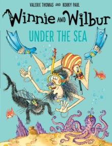 Winnie and Wilbur Under the Sea, Paperback Book