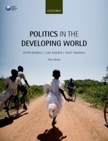 Politics in the Developing World, Paperback / softback Book