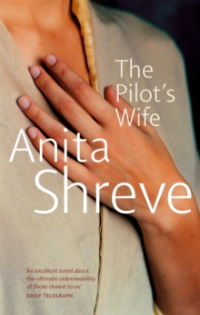 The Pilot's Wife, Paperback Book
