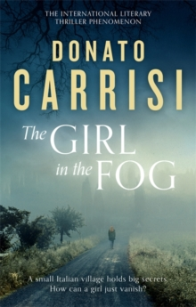 The Girl in the Fog : The Sunday Times Crime Book of the Month, Paperback Book