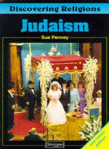 Discovering Religions: Judaism Core Student Book, Paperback / softback Book