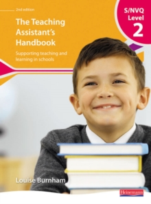 S/NVQ Level 2 Teaching Assistant's Handbook,, Paperback Book