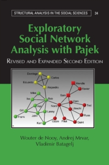 Exploratory Social Network Analysis with Pajek, Paperback Book