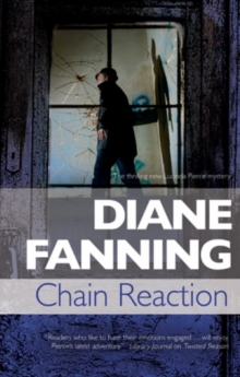 Chain Reaction : A Lucinda Pierce Homicide Investigation, Hardback Book
