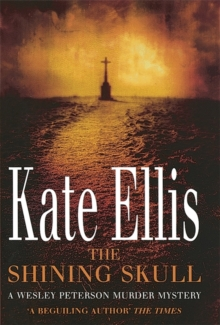 The Shining Skull : Number 11 in series, Paperback Book