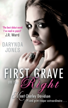 First Grave On The Right : Number 1 in series, Paperback Book