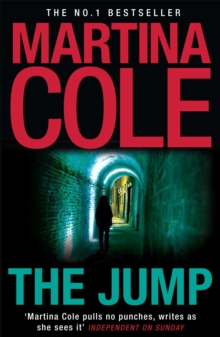 The Jump : A compelling thriller of crime and corruption, Paperback Book