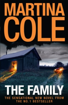 The Family : A dark thriller of loyalty, crime and corruption, Paperback Book