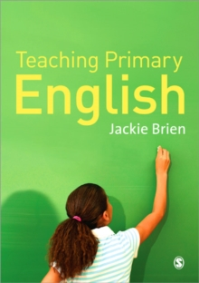 Teaching Primary English, Paperback Book