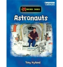 Literacy Network Middle Primary Upp Topic2:Astronauts, Paperback / softback Book