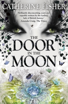 Shakespeare Quartet: The Door in the Moon : Book 3, Paperback Book