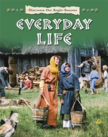 Discover the Celts and the Iron Age: Everyday Life, Paperback Book
