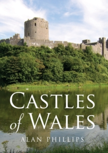 Castles of Wales, Paperback / softback Book