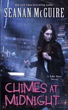 Chimes at Midnight (Toby Daye Book 7), Paperback Book