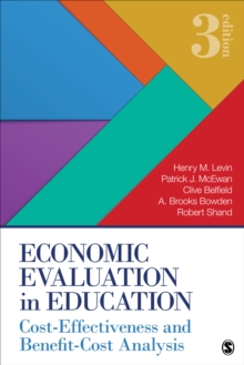 Economic Evaluation in Education : Cost-Effectiveness and Benefit-Cost Analysis, Paperback Book