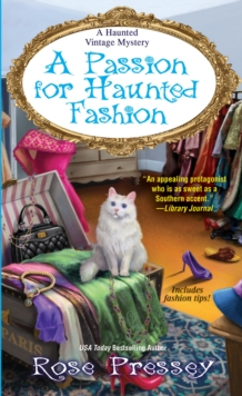 Passion for Haunted Fashion, Paperback / softback Book