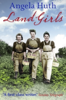 Land Girls, Paperback / softback Book