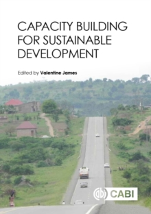 Capacity Building for Sustainable Development, Hardback Book