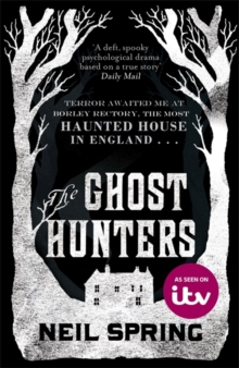 The Ghost Hunters, Paperback Book