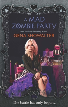A Mad Zombie Party (WRC 4), Paperback Book