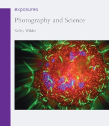 Photography and Science, Paperback / softback Book