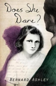 Does She Dare?, Paperback Book